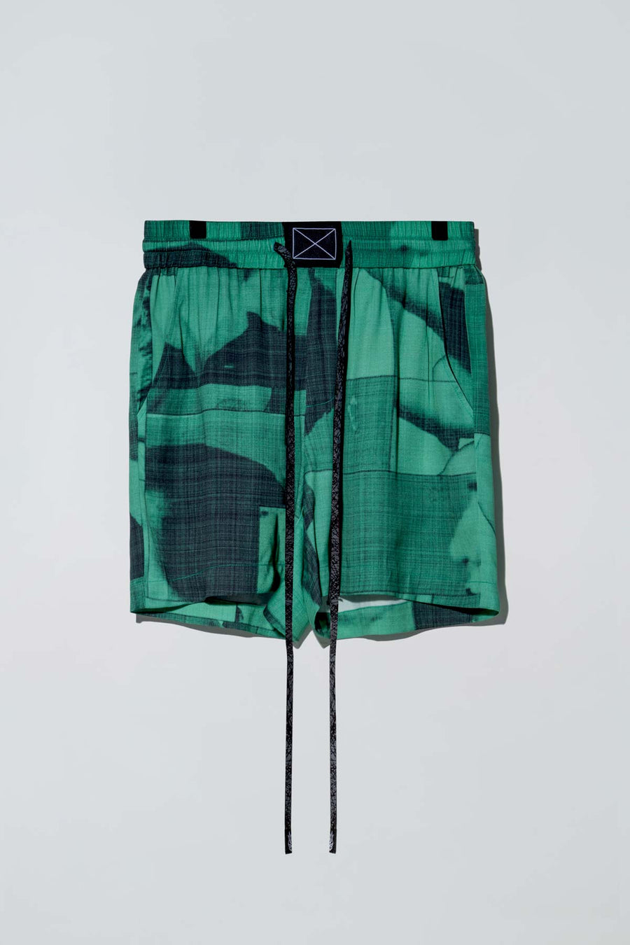 Billie Shorts Black List Print Green