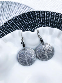 Vintage Silver Disk Earrings :: The Year Earrings