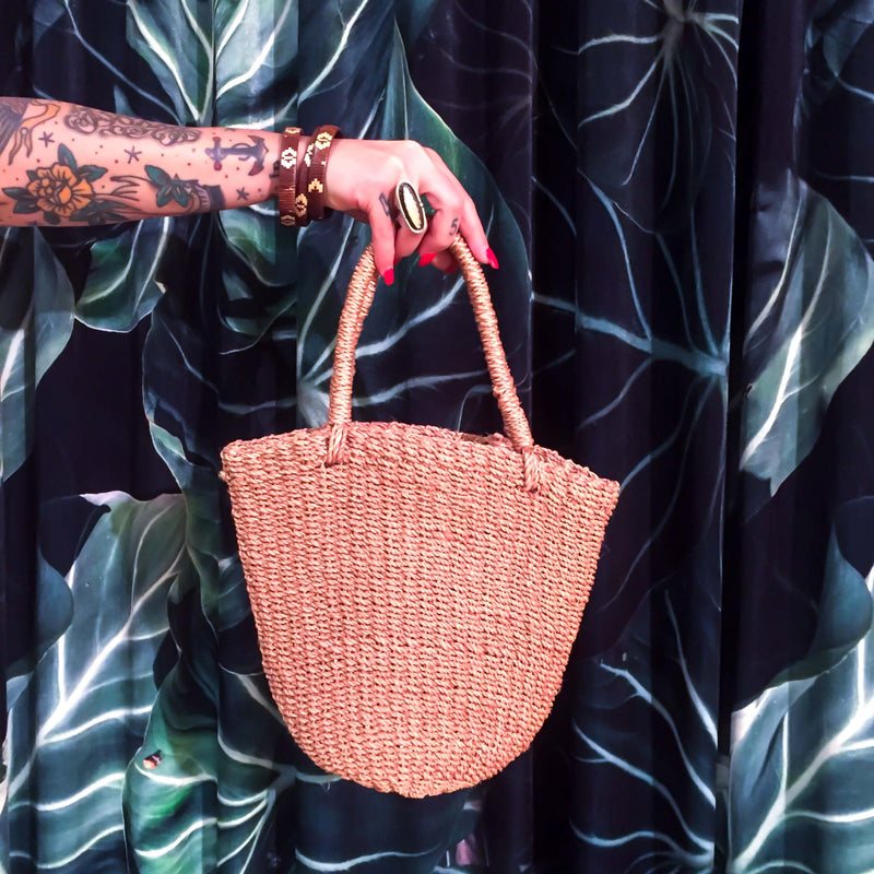 Vintage Straw Handbag :: The Market Bucket Bag