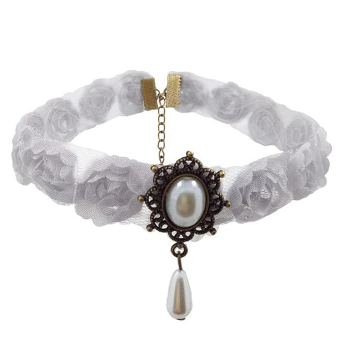collier gothique blanc