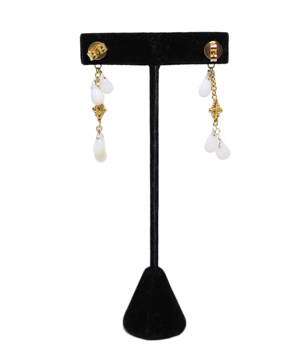 18 K Gold Vintage Diamonds White Agate Earrings 2