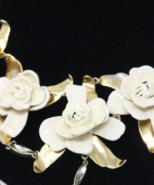 Aerin Metallic Gold Ivory Resin Flower Necklace 3