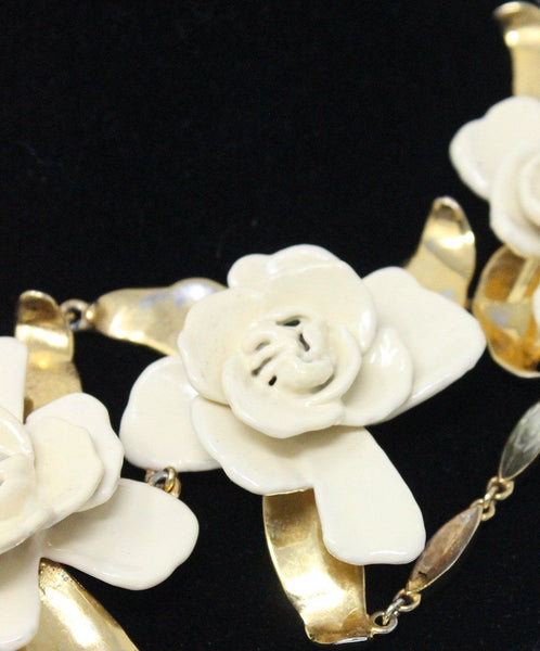 Aerin Metallic Gold Ivory Resin Flower Necklace 4