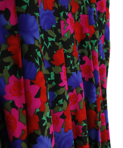Akris Punto Pink Red Purple Floral Wool Skirt 4