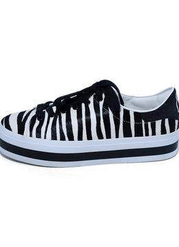 Alice + Olivia Black White Zebra Fur Sneakers 2