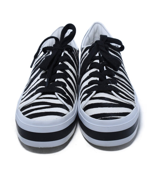 Alice + Olivia Black White Zebra Fur Sneakers 4