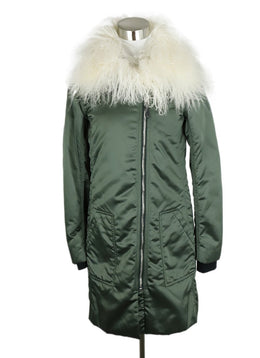 Belstaff x Liv Tyler Green Nylon White Faux Fur Trim Coat 3