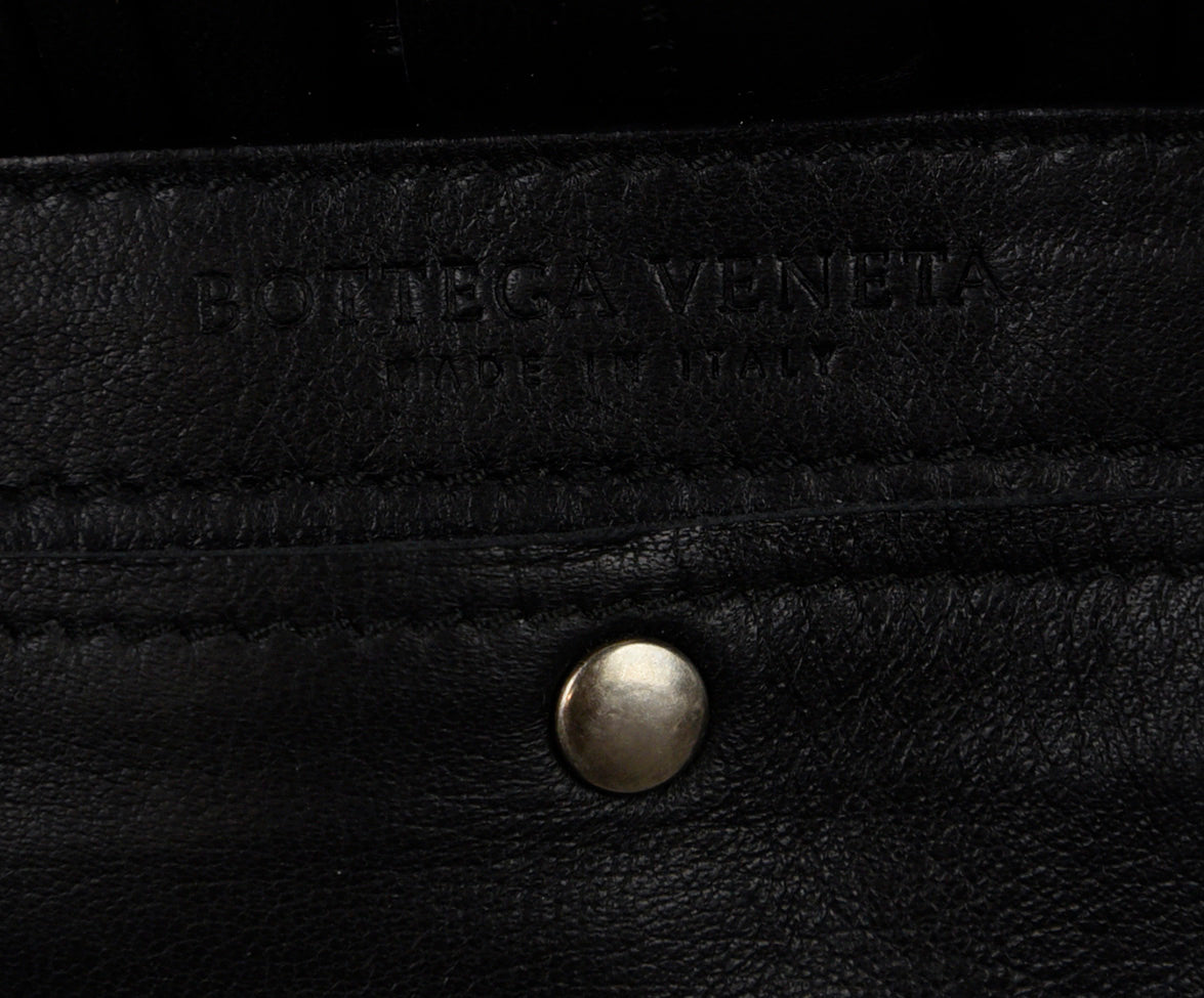 Bottega Veneta Black Leather Handbag 7