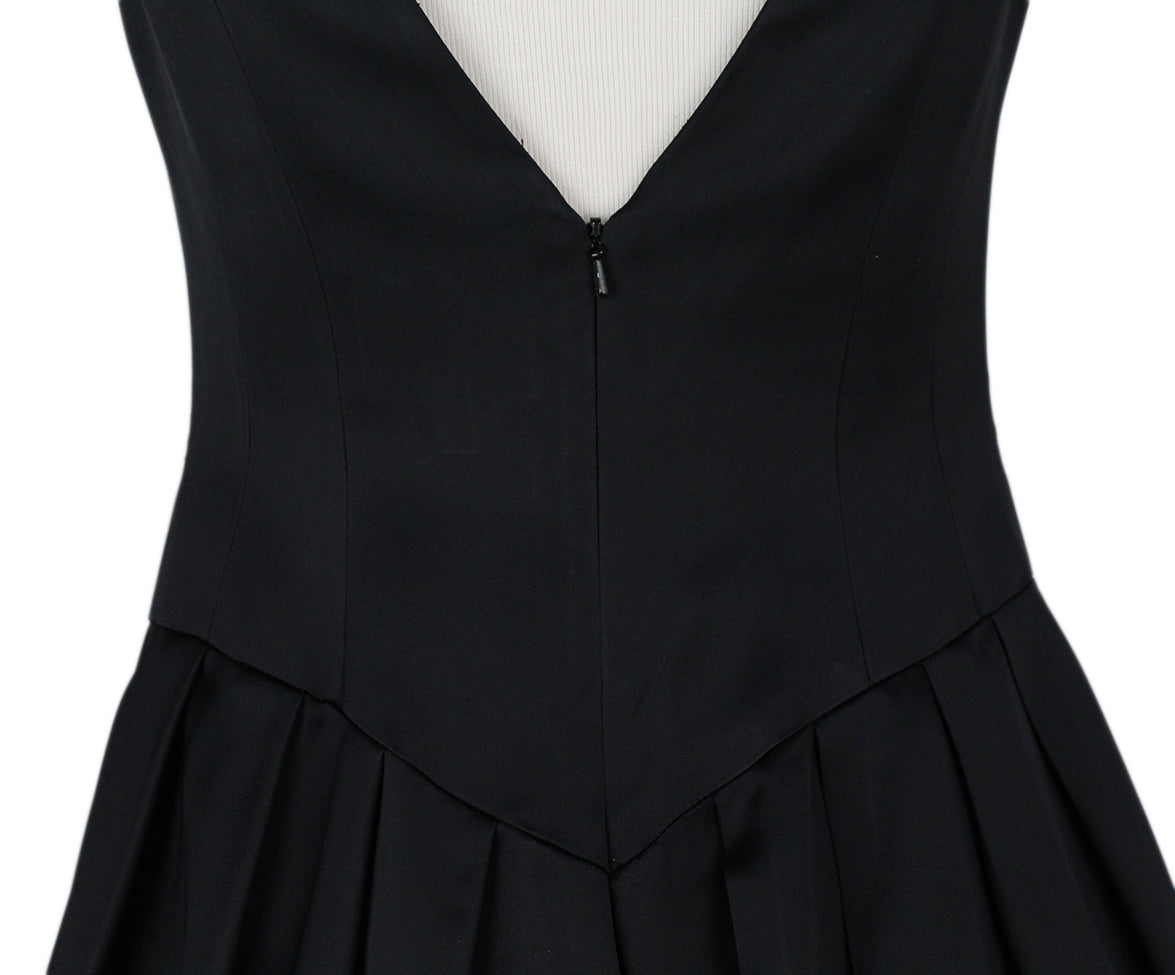 Carmen Marc Valvo Black Dress 5