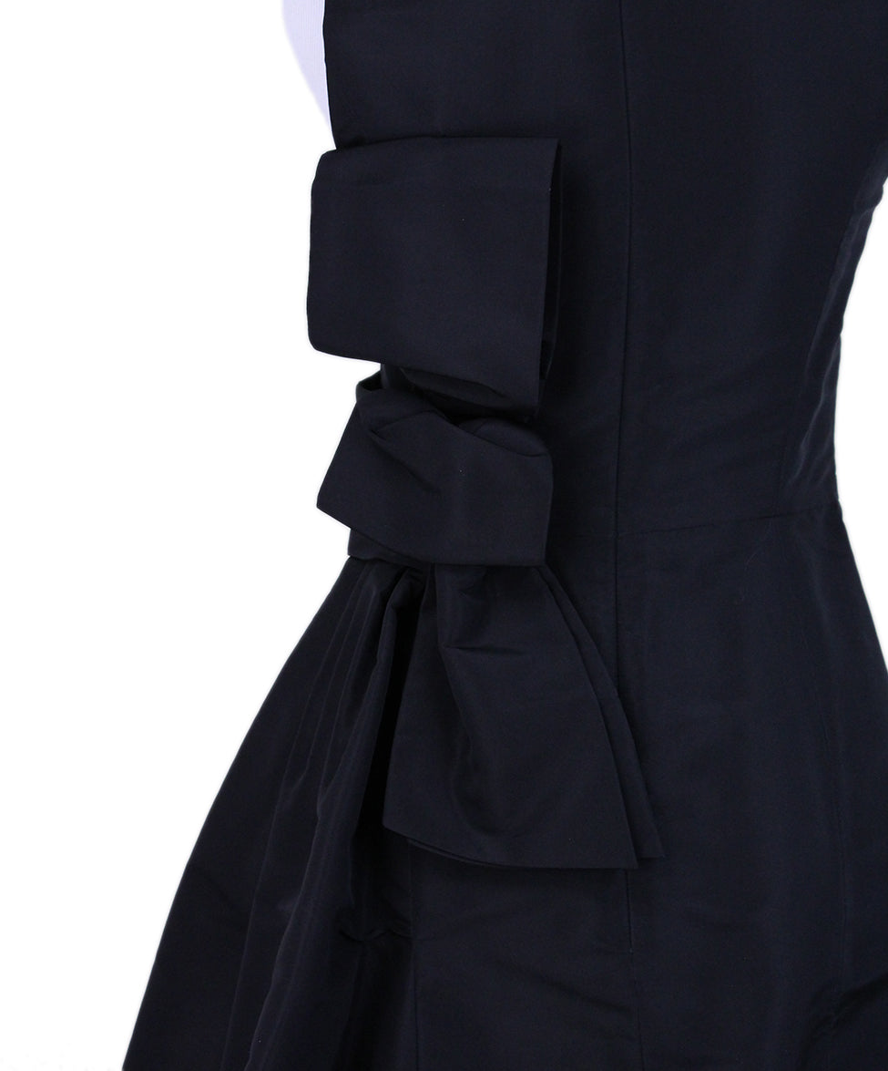 Carolina Herrera Black Silk Evening Dress 5