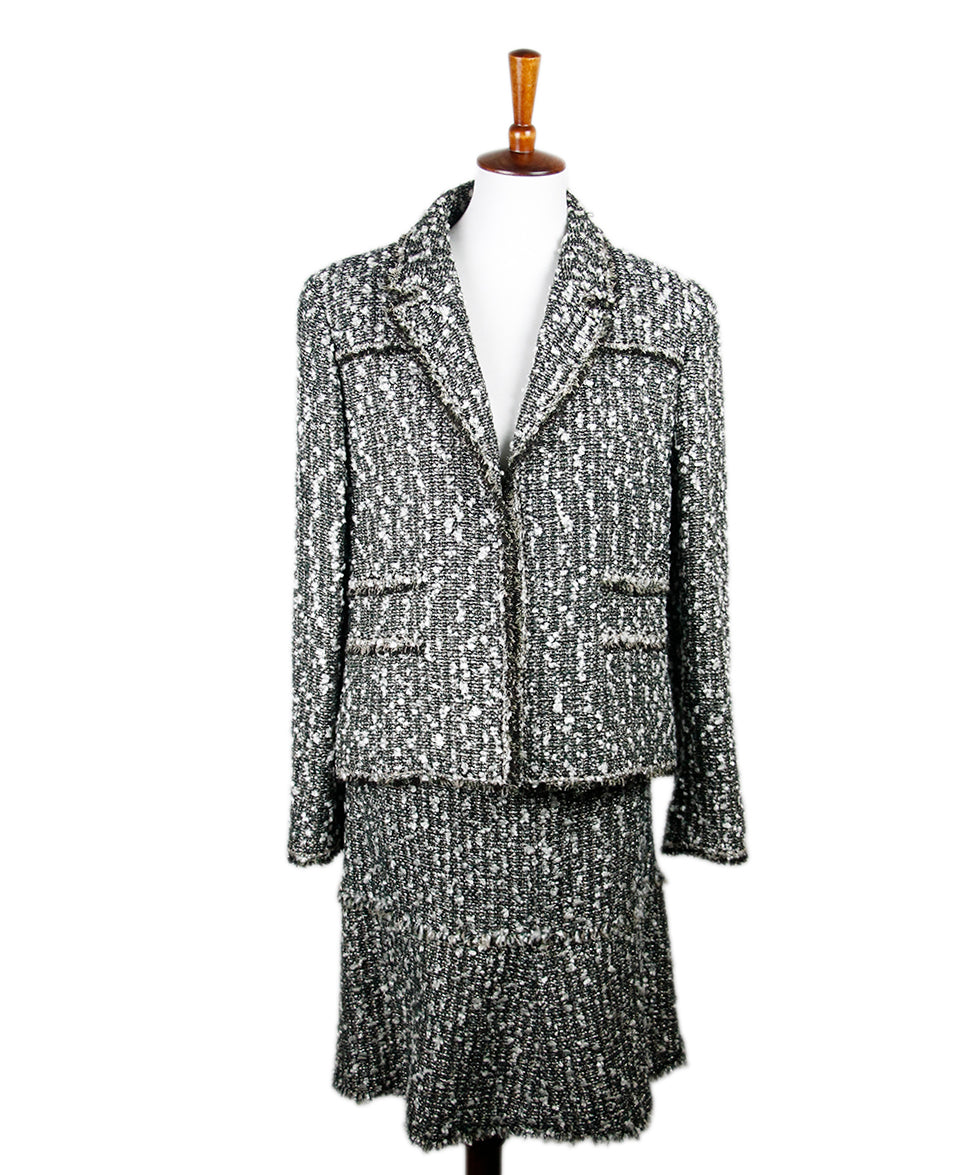 Chanel White Green Tweed Suit