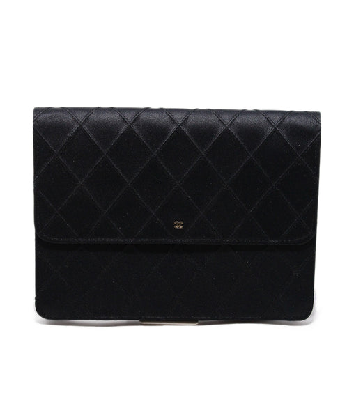 Chanel Black quilted satin vintage clutch 1