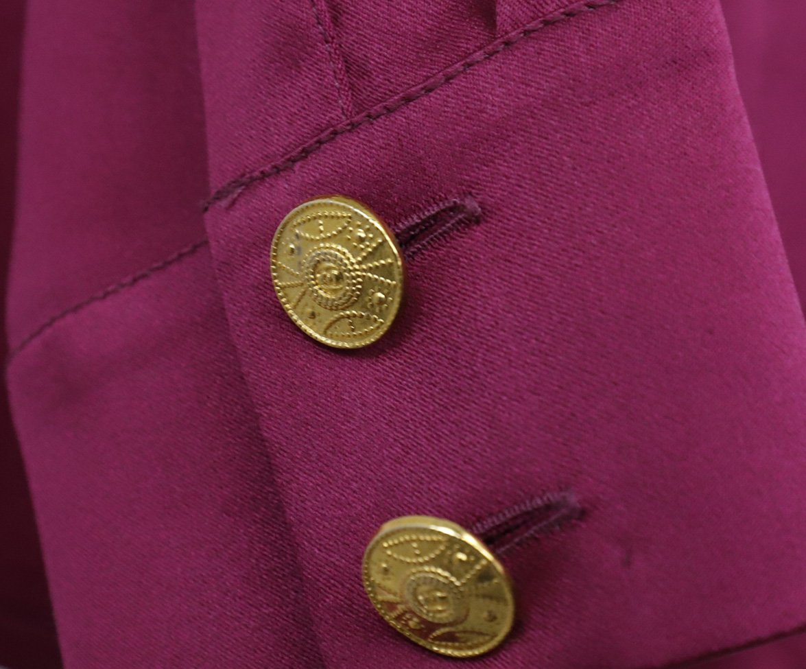 Chanel Fuchsia Silk Gold Buttons Blouse 6