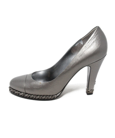 Chanel Gunmetal Leather Chain Trim Heels 1
