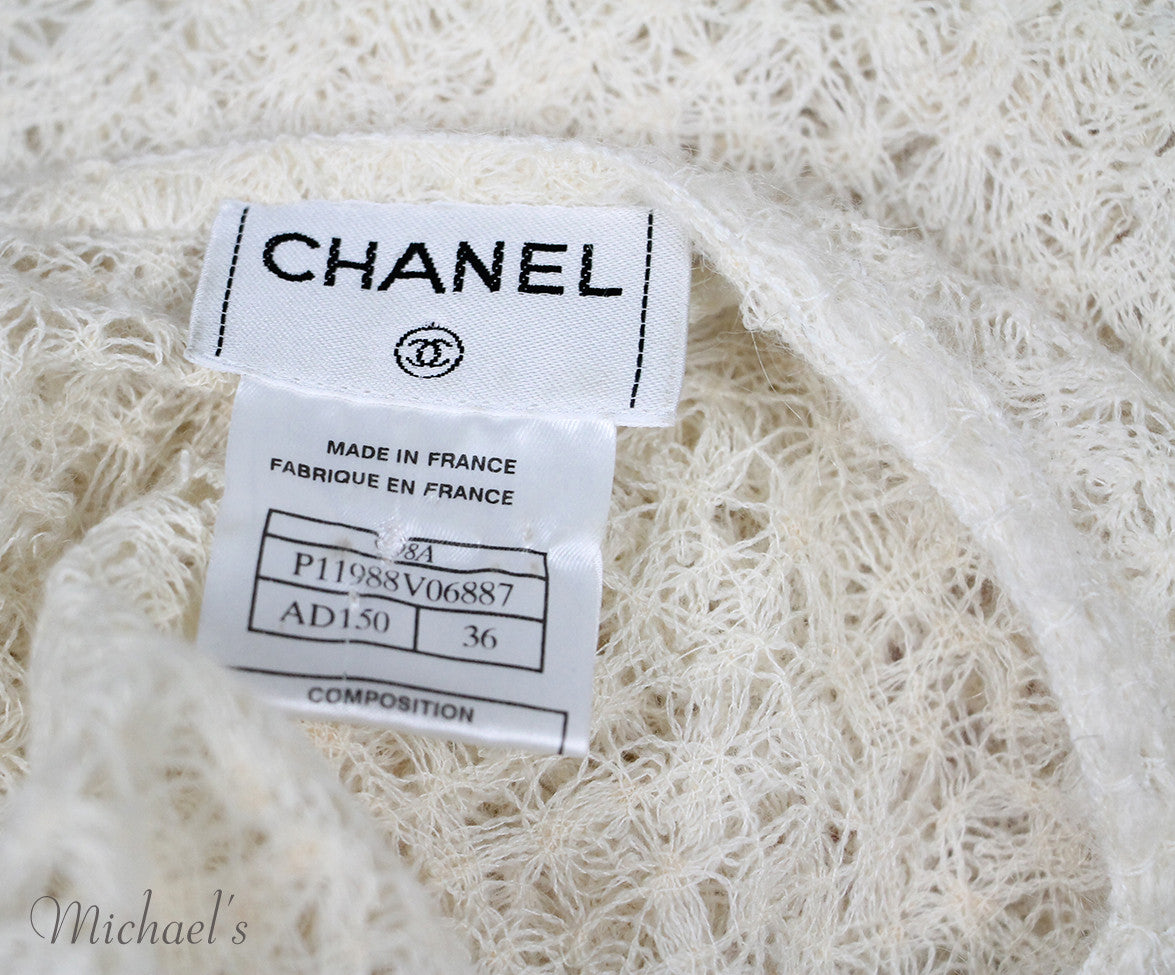 Chanel Size 6 Neutral Ivory Wool Sweater - Michael's Consignment NYC  - 4