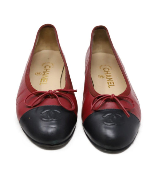 Chanel Red Black Lambskin Leather Flats 2