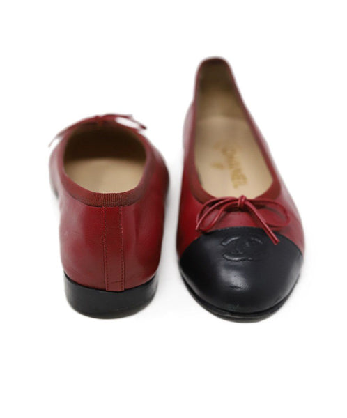 Chanel Red Black Lambskin Leather Flats 3