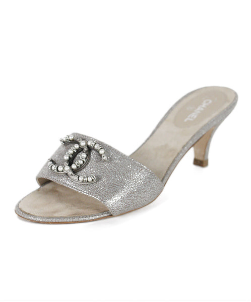Chanel Silver Leather Pearl Shoes SZ 37.5