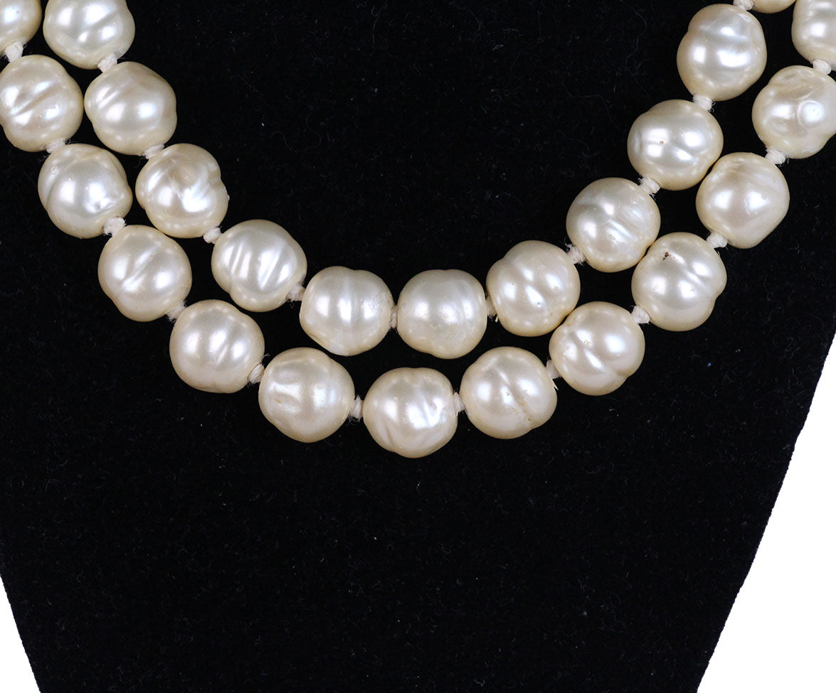 Chanel Vintage Ivory Pearl Necklace 3