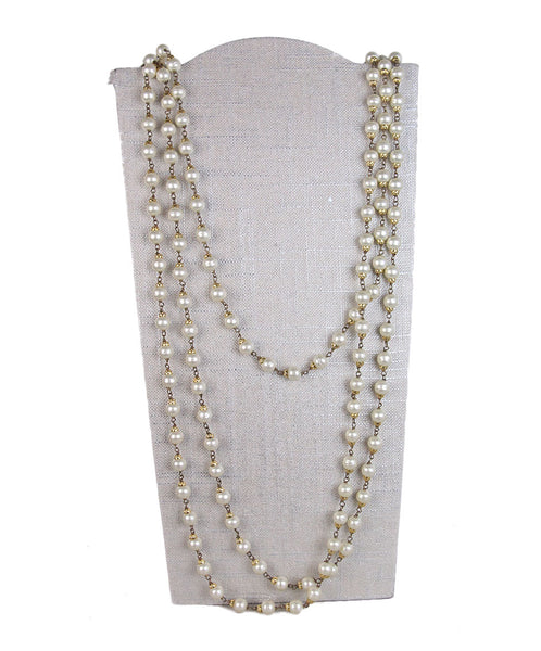 Chanel Vintage Ivory Pearls Long Necklace 1