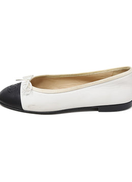 Chanel White Black Lambskin Leather Flats 1