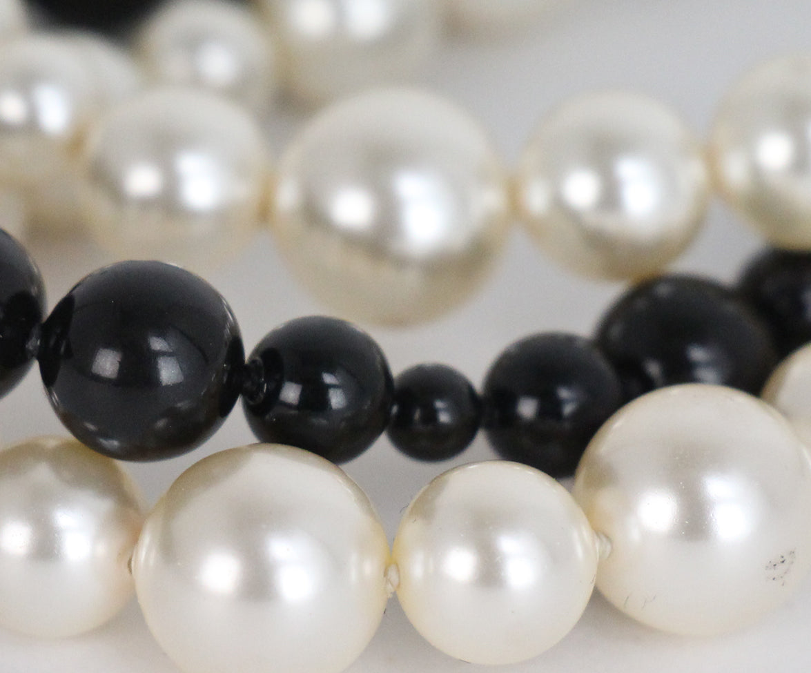 Chanel black ivory pearl beaded bracelet 4