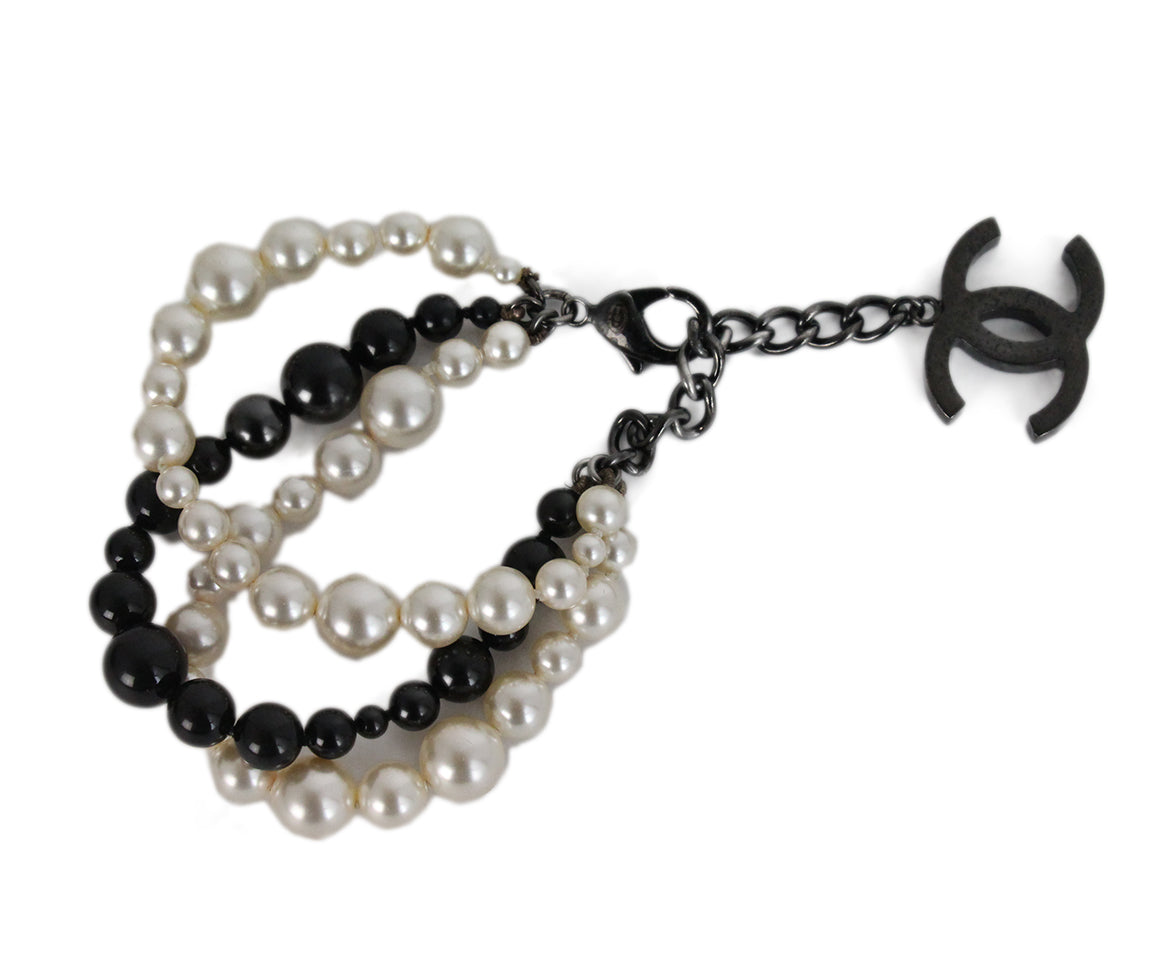 Chanel black ivory pearl beaded bracelet 2