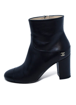 Chanel Shoe Size US 7.5 Black Leather Booties | Chanel