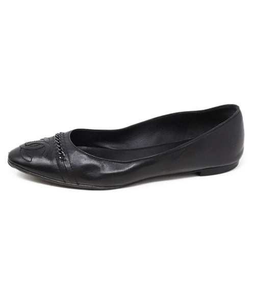 Chanel Black Leather Chain Trim Flats 1