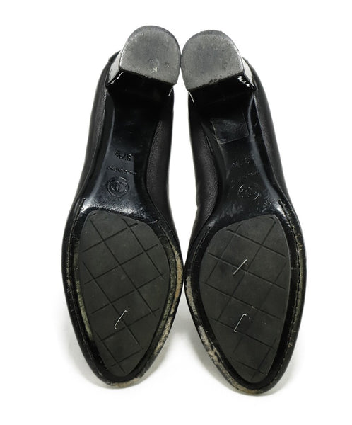Chanel Black Leather Patent Trim Heels 5