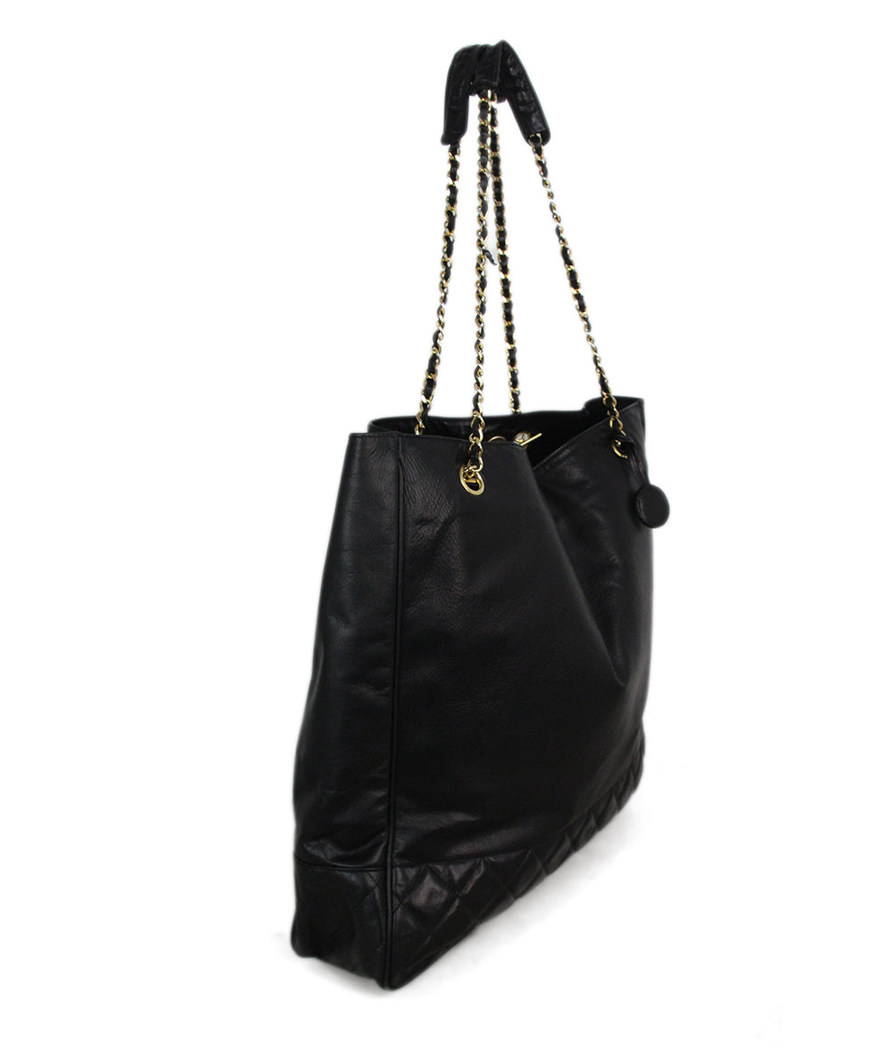 Chanel black leather tote 2