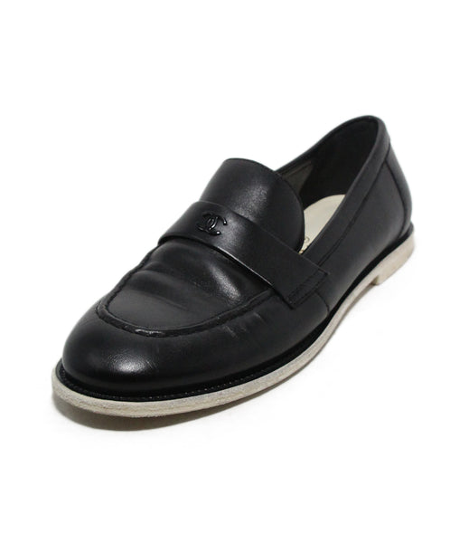 Chanel black leather white trim flats 1