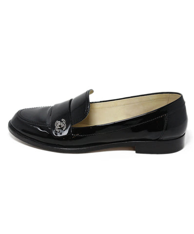 Chanel black patent leather flats 1