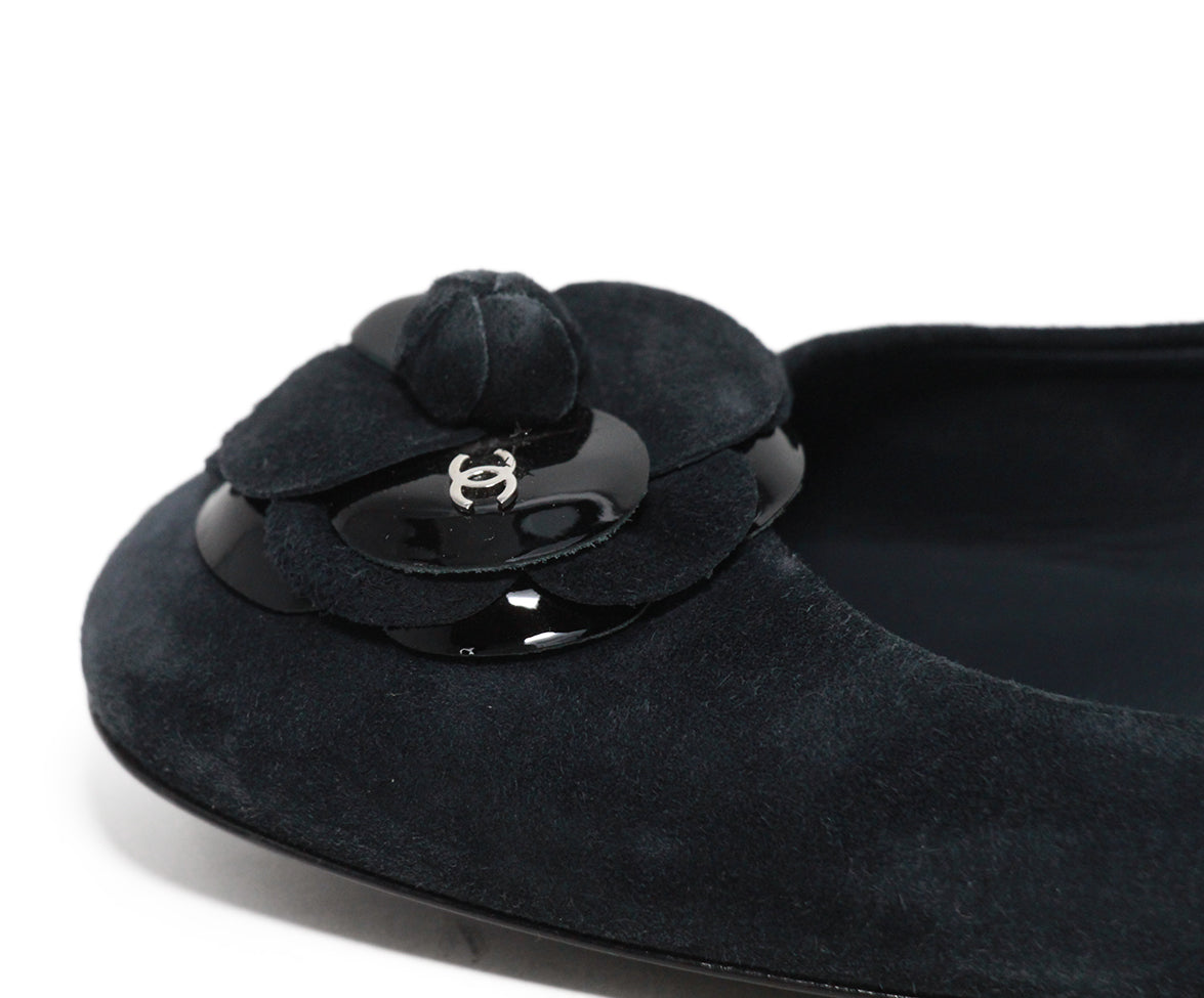 Chanel blue navy suede flower flats 8