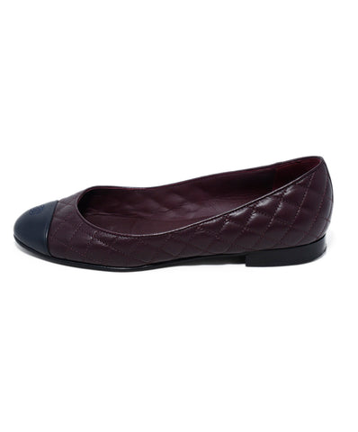 Chanel Burgundy Quilted Leather Navy Flats 1