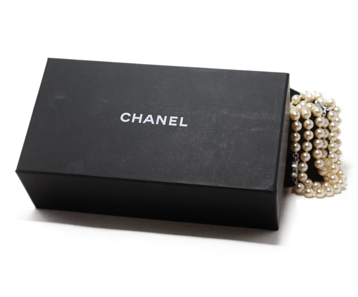Chanel ivory pearl necklace 4