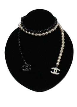 Chanel 2005 Black Ivory Faux Necklace 1