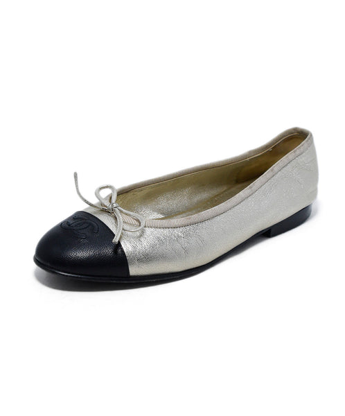 Chanel Metallic Gold Black Leather Flats 1