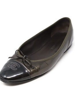 Chanel Pewter Patent Leather Flats Sz 40.5