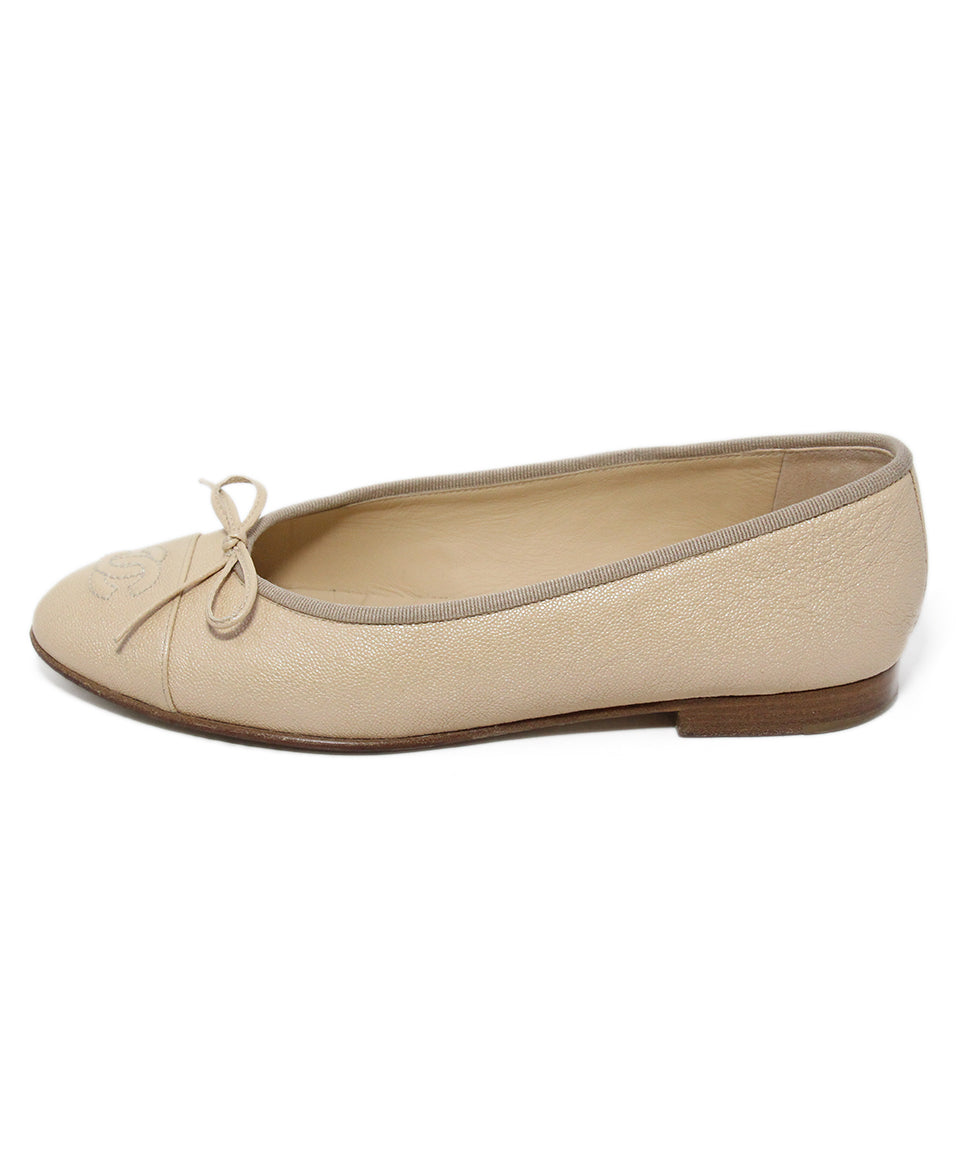 Chanel neutral beige iridescent leather flats 2
