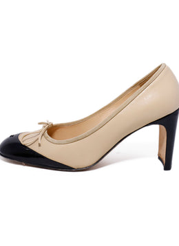 Chanel Neutral Tan Leather Black Patent Heels 2