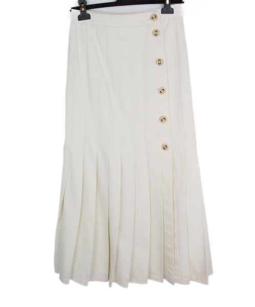 Chanel white cotton skirt 1