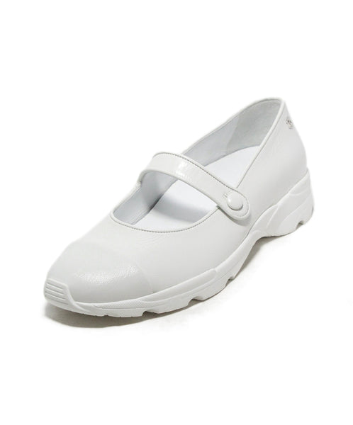 Chanel white leather mary janes flats 1