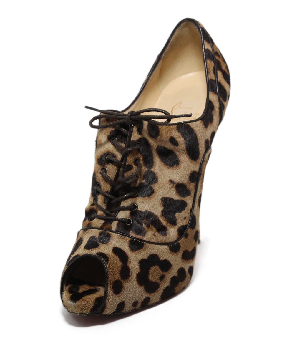710c91696054 Christian Louboutin Animal Print Pony Heels Sz 39.5 - Michael s ...