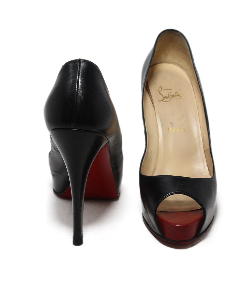 Christian Louboutin black leather shoes 3