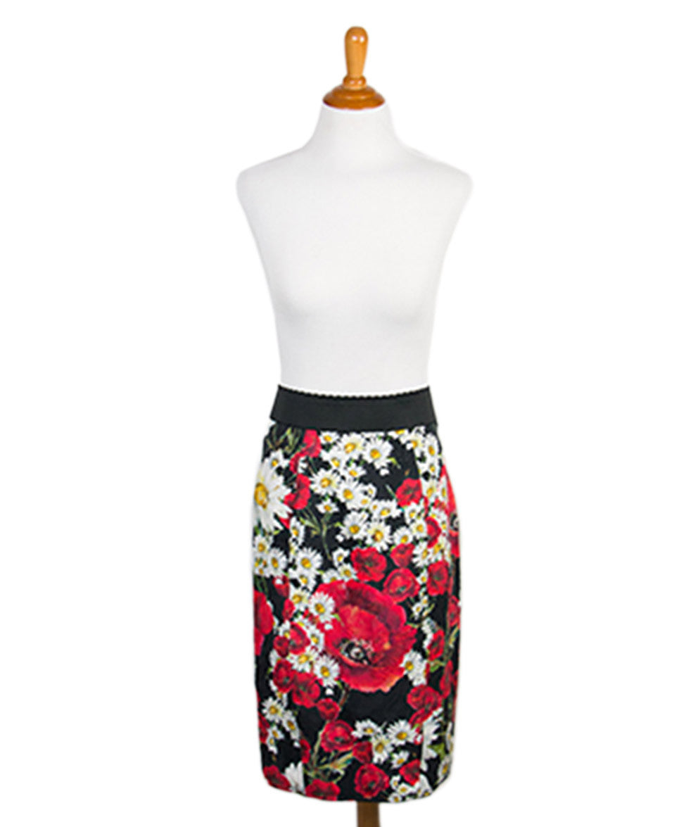 Dolce & Gabbana Size 6 Red Black White Floral Cotton Skirt