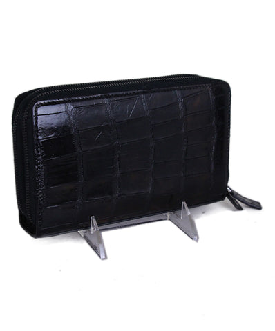 Fendi Black crocodile travel wallet 1