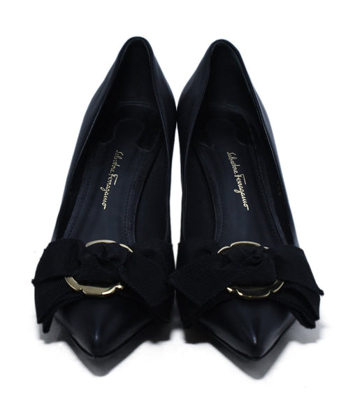 Ferragamo Black Leather Black Grosgrain Bow Gold Heels 4