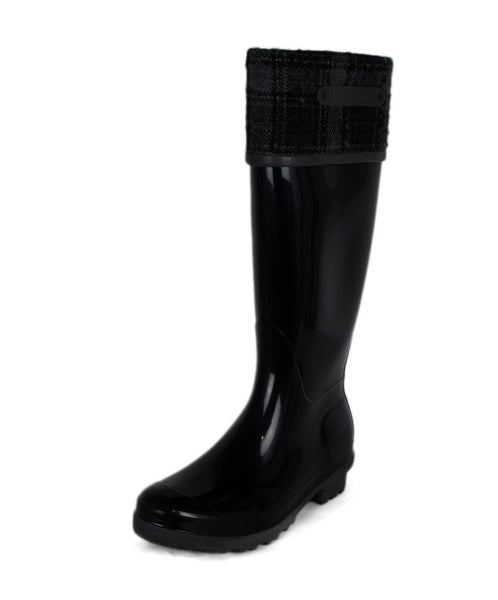 Ferragamo Black Rubber Grey Plaid Felt Trim Rain Boots 1
