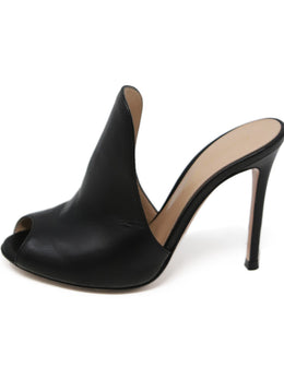 Gianvito Rossi Black Leather Shoes 2